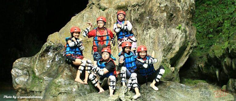 Asiknya Cave Tubing di Kalisuci Jogja