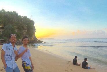 Eksotisme Pantai Sepanjang di Yogyakarta