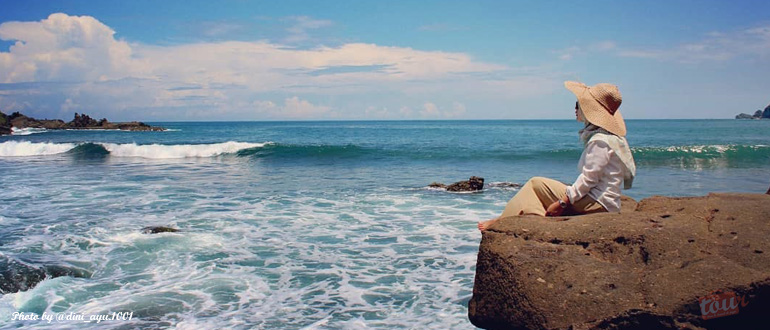 Pantai Wediombo – Wisata Alam Jogja Zaman Now