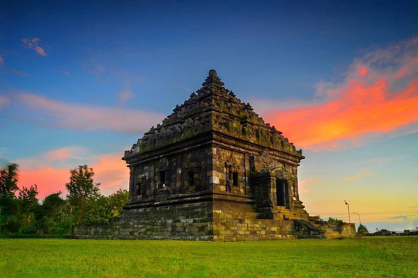 Sunset di Candi Ijo