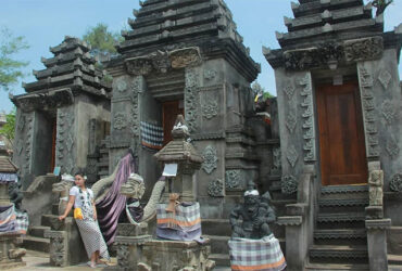 Pantai Ngobaran, Potret Pemandangan Pantai Di Jogja Serasa Di Bali