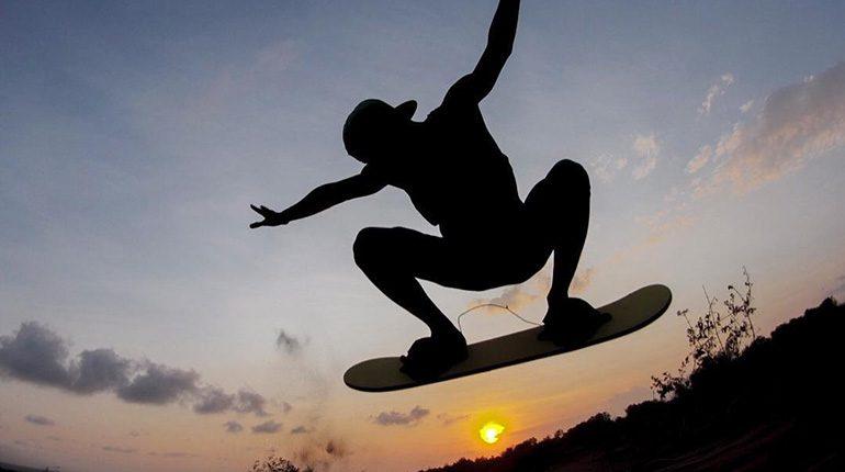 Merasakan Sensasi Seru Sandboarding Ala Gurun Pasir Yang Ada Di Jogja