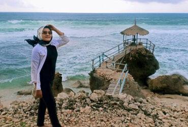 Pantai Watulawang, Pantai Eksotik dengan Keindahan Batuan Karang dan Pasir Putihnya
