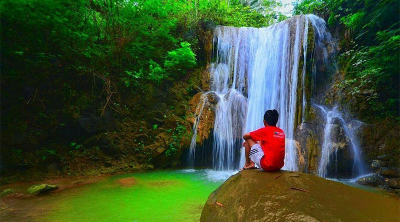 Grojogan Sewu Kulon Progo, Air Terjun Alami dengan Pesona Indah yang Masih Asri